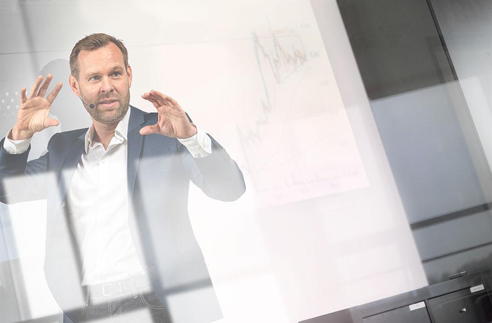 Strategisches Marketing und Transformation von Marketing und Vertriebsprozessen